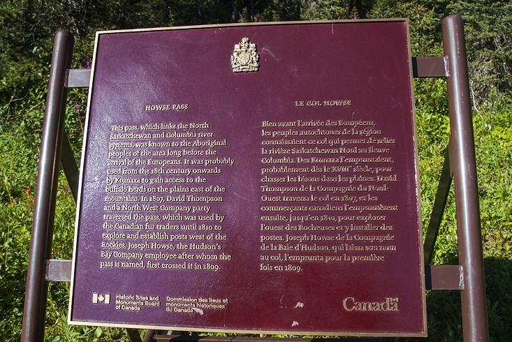 Howse Pass plaque